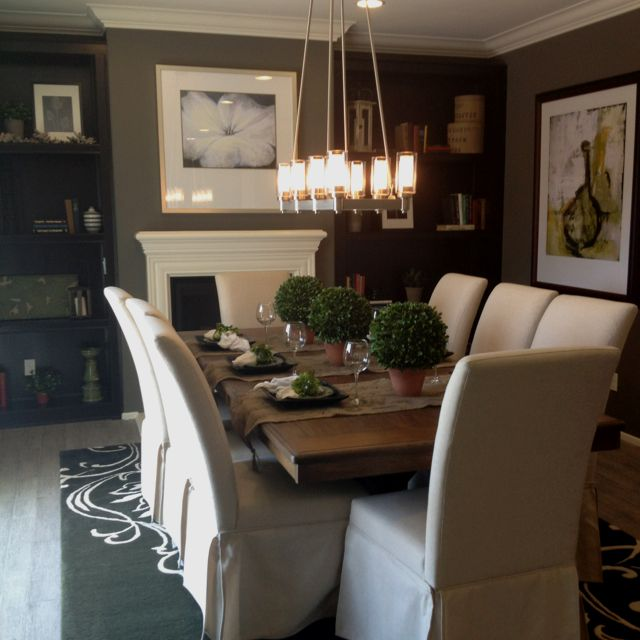 How Much Room For A  Person Dinning Room Table