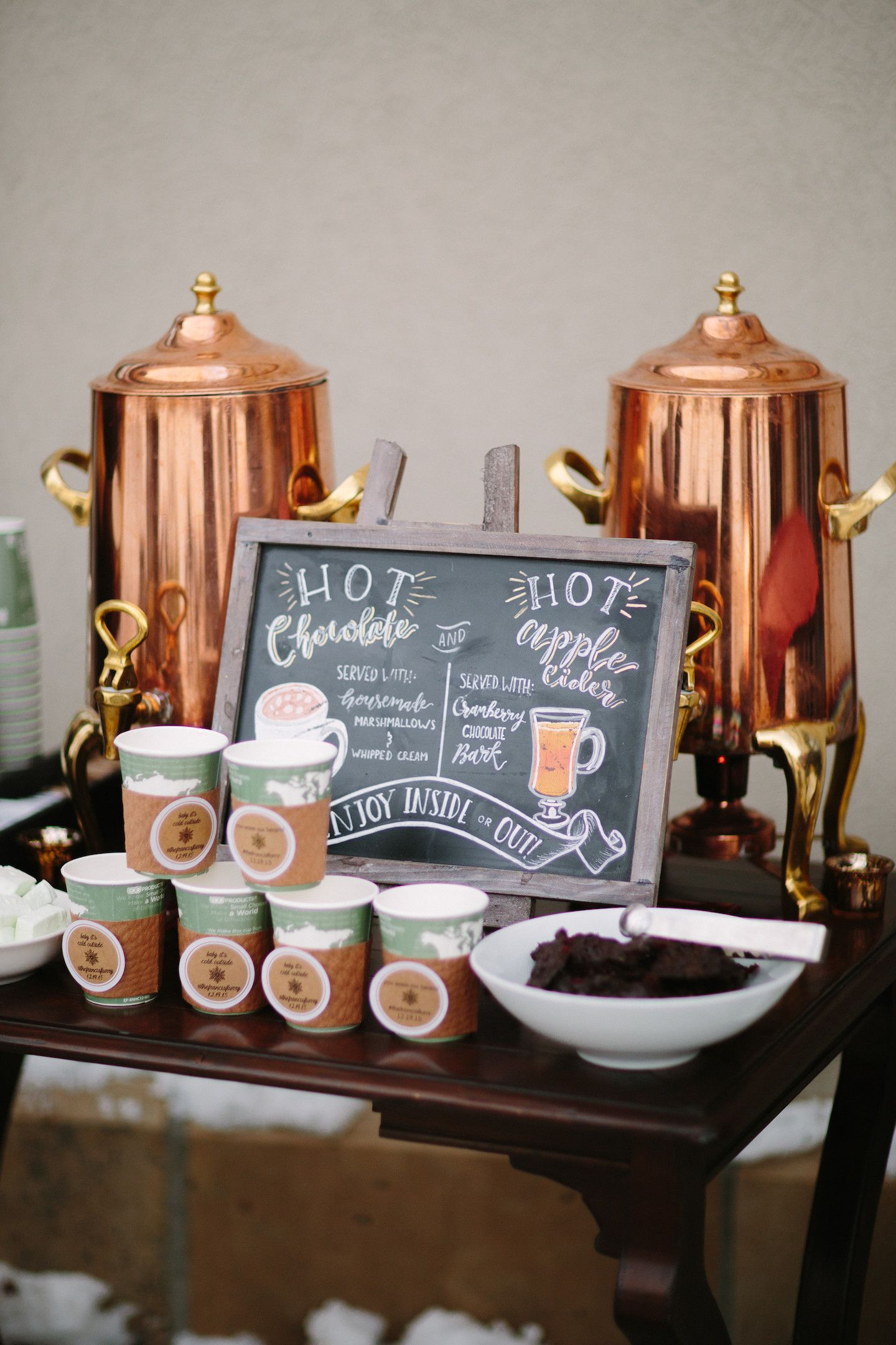 To Give Guests Plenty Of Options This Served Both Hot Chocolate And Le Cider At Their Cold Weather Wedding Chic Copper Drink Dispensers Can