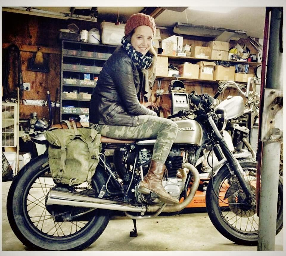Pin By Fuse Box Moto On Awesome Women And Cool Motorcycles Motorcycle Garage