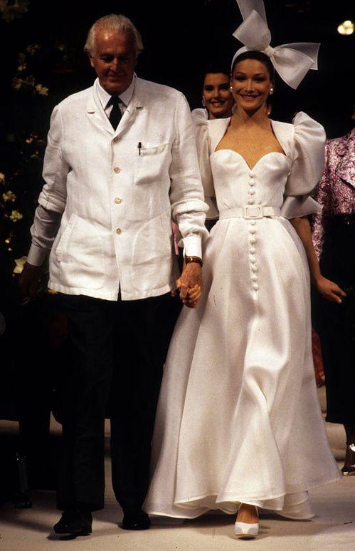 Robe De Mariee Deco De Mariage Couples De Stars Tout Est Sur Vogue Fr Haute Couture Wedding Dress Wedding Dress Couture Givenchy Wedding Dress