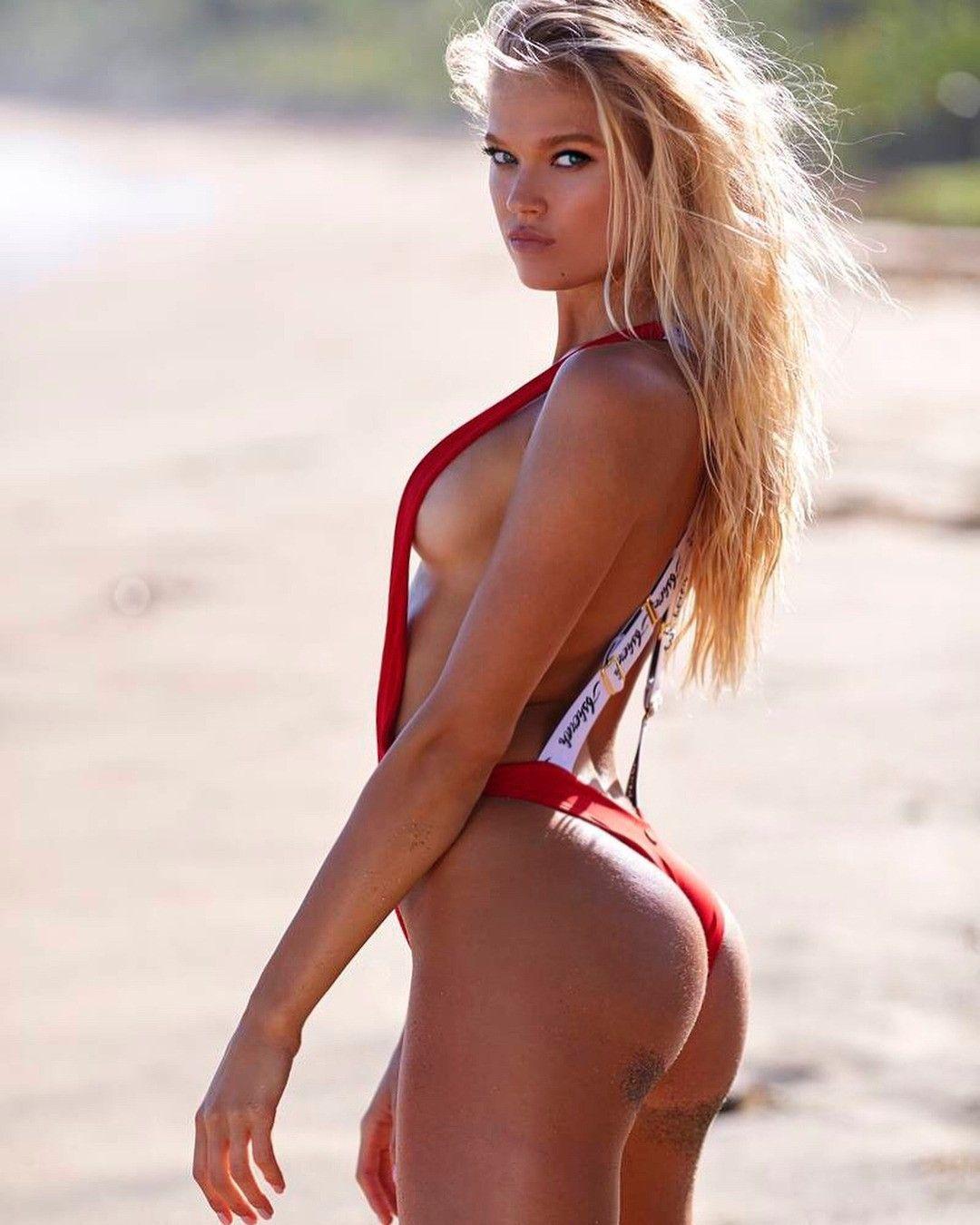 Young Vita Sidorkina-Morabito naked (12 photos), Sexy, Bikini, Boobs, cameltoe 2017