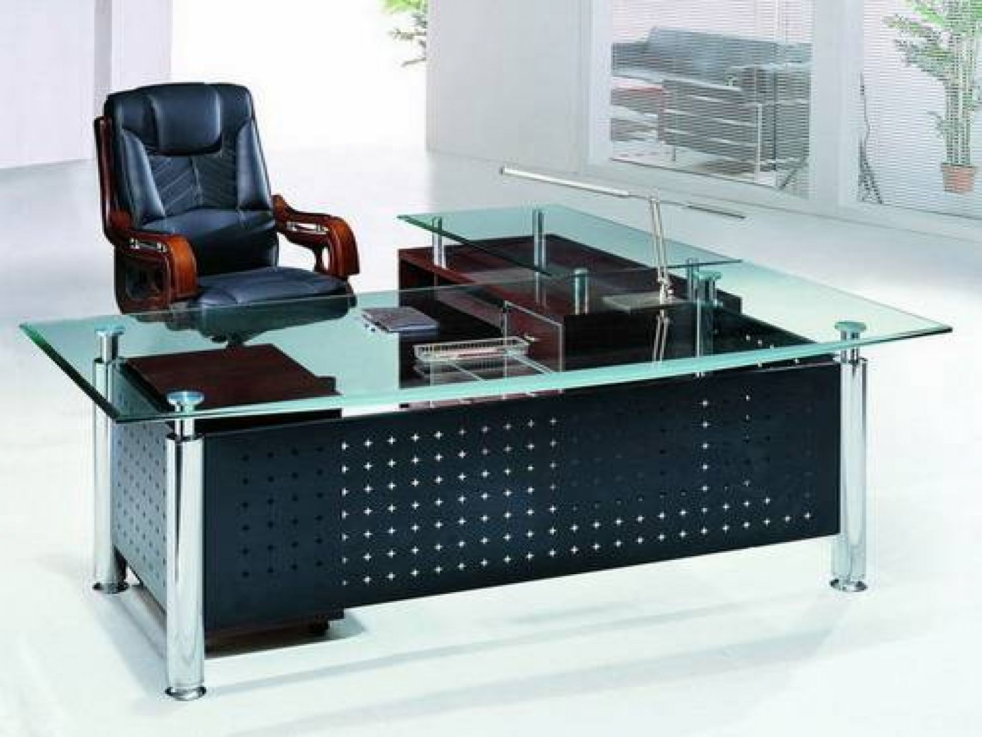 Stylish Black Leather Office Chair Added Contemporary Glass Top Desk ...