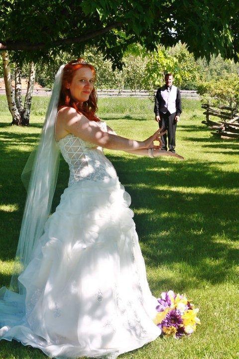 wedding photography pose ideas for edgy | wedding poses | wedding ...