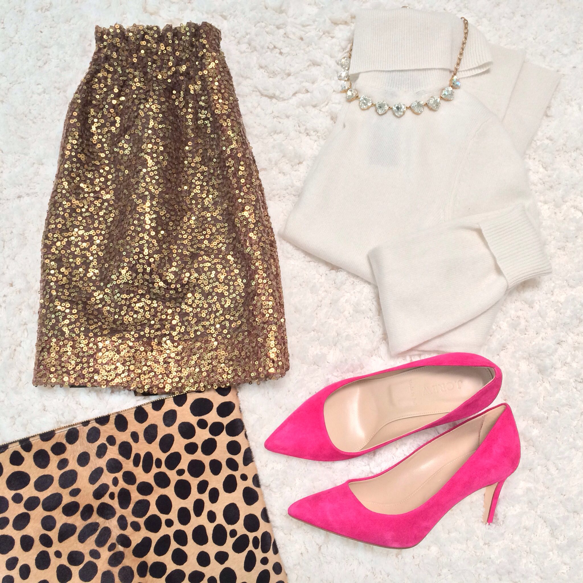 If you re looking for the perfect outfit for your New Year s Eve Party  we ve got a lot of beautifully sparkly options here for you. 620002211
