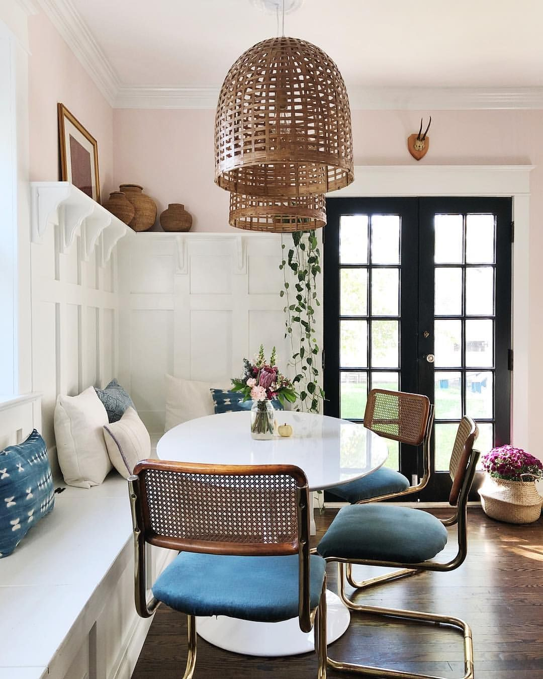 Best Breakfast Nook Ideas With Round T