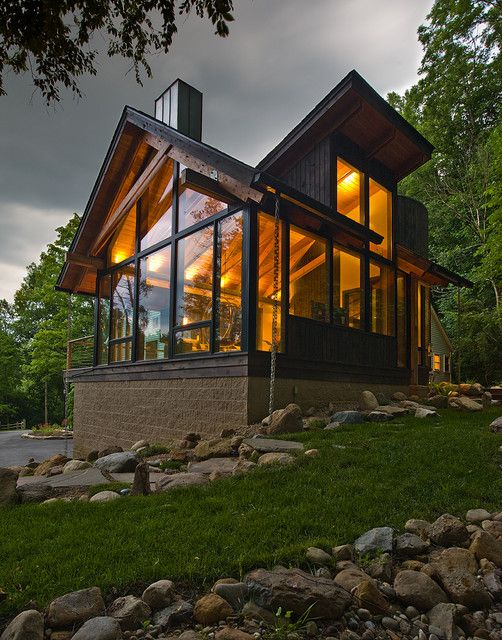Stunning contemporary chalet swiss chalet style for Swiss chalet house designs