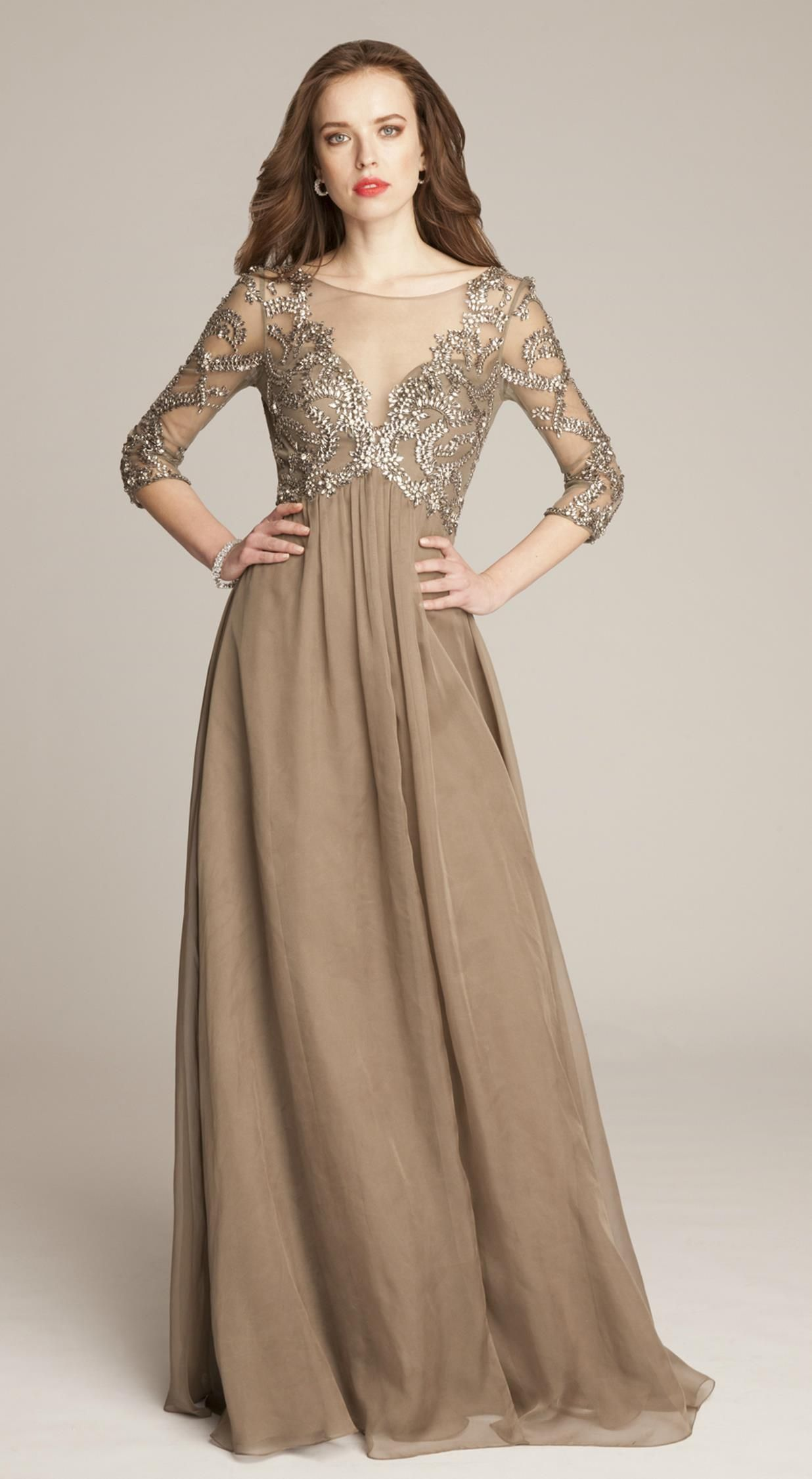 9 Gorgeous Mother Of The Groom Dresses For Fall Weddings