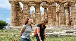 Travel to Pompeii with one of our many excursions we offer. #pompeii #studyabroad #italy