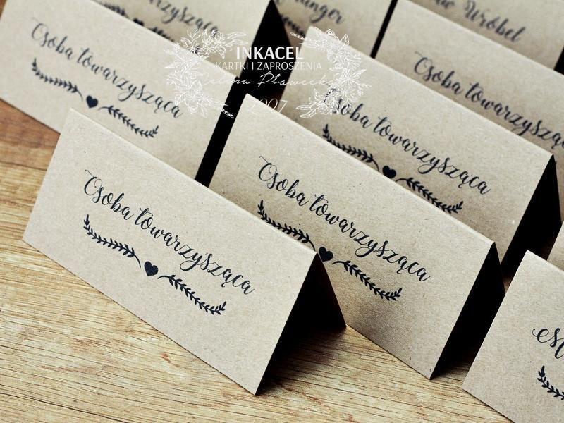 Piekne I Oryginalne Winietki Na Stol Wizytowki Tabliczki Wykonane Z Wykorzystaniem Materialow Najwyzszej Jakosci Place Card Holders Wedding Day Diy And Crafts