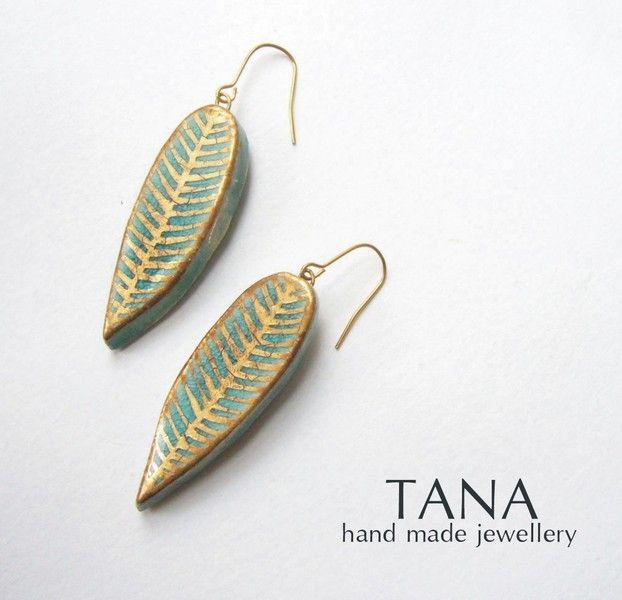 Boucles d'oreille - Feuilles turquoise et or. de Artania Boutique sur DaWanda.com