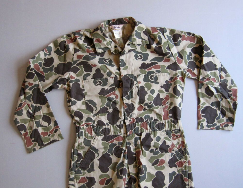 walls duck camo camouflage jumpsuit work hunting coveralls on walls coveralls id=62101