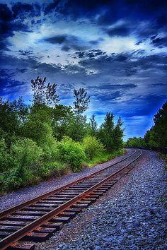 Duluth Railway by Linda Tiepelman