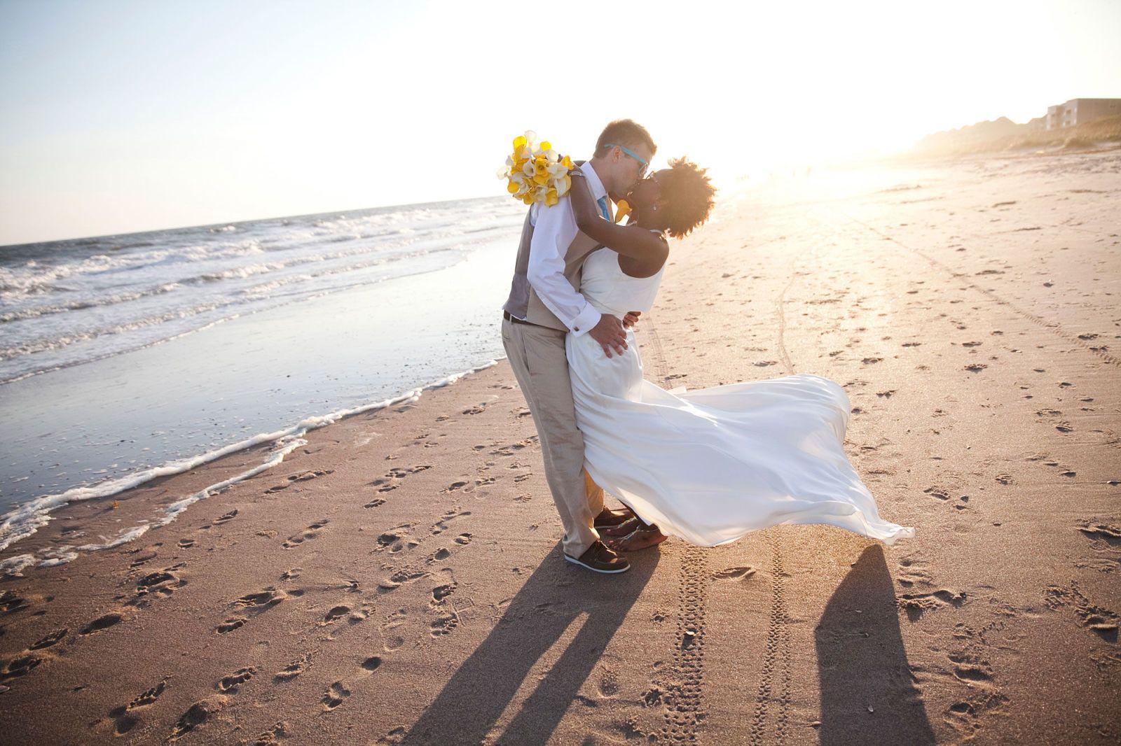 41 Seaside Weddings That Are Too
