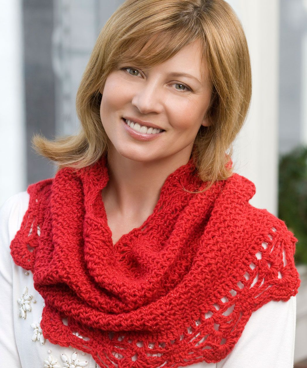 Shimmer Cowl, free pattern. I think this would be so delicate and ...