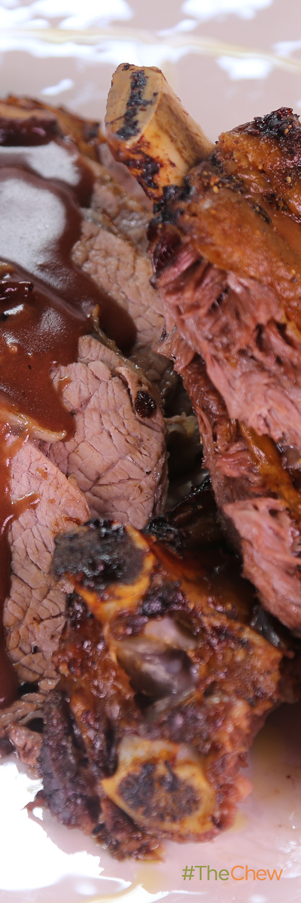 This Mouth Watering Rib Roast Is Sure To Be The Star Of The Show At Your Holiday Dinner Holiday Rib Roast With Rosema Recipes Yummy Dinners Holiday Roast Beef