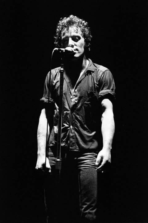 Bruce Springsteen 1978. Photo by Joe Sia