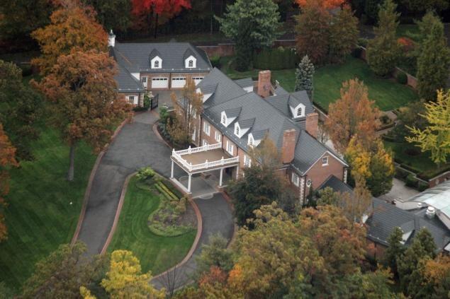 Alicia Keys Buys Eddie Murphy S 12 Million New Jersey Estate