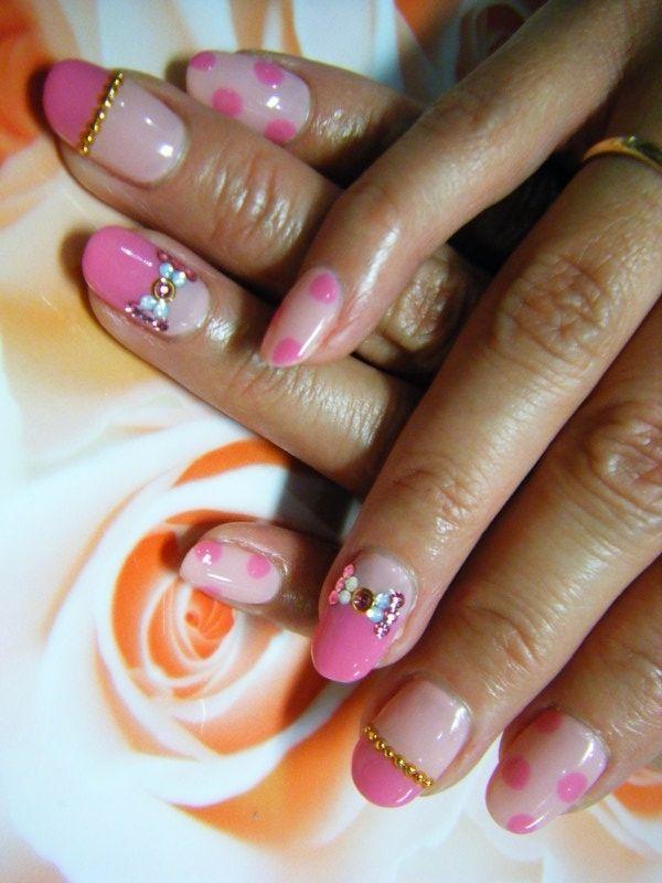 Polka Dot Nail Art Jpg 600 800 Nail Art Summer Nail Art New Nail Art