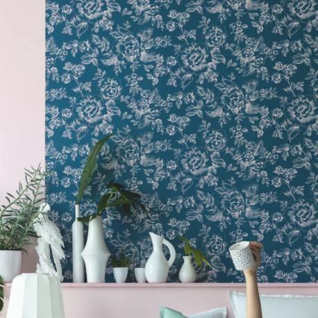 Papier peint intissé floral, motif de rose sur fond bleu smile caselio