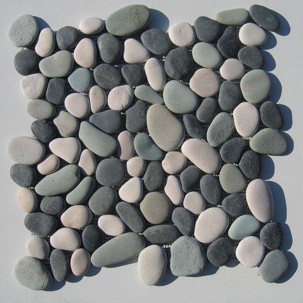 Riverstone Pebble Kiezelvloer Wit Grijs Groen Riverstone Pebble Pebble Shop Natuurmozaiek En Kiezelvloeren Grijs Groen Wit
