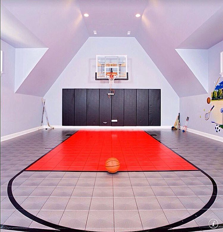 Kayla Itsines On Instagram Dream Room Goals Www Kaylaitsines Com Guides Basketball Basketball Room Contemporary House Indoor Basketball Court
