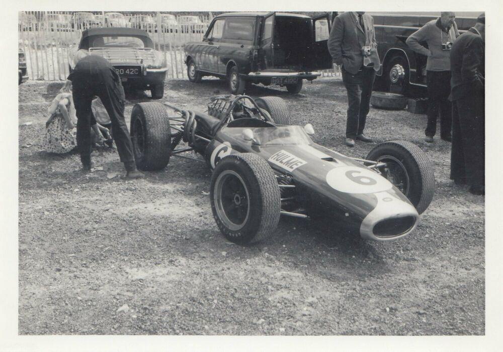 DENNY HULME BRABHAM BT20 BRITISH GP BRANDS HATCH 1966