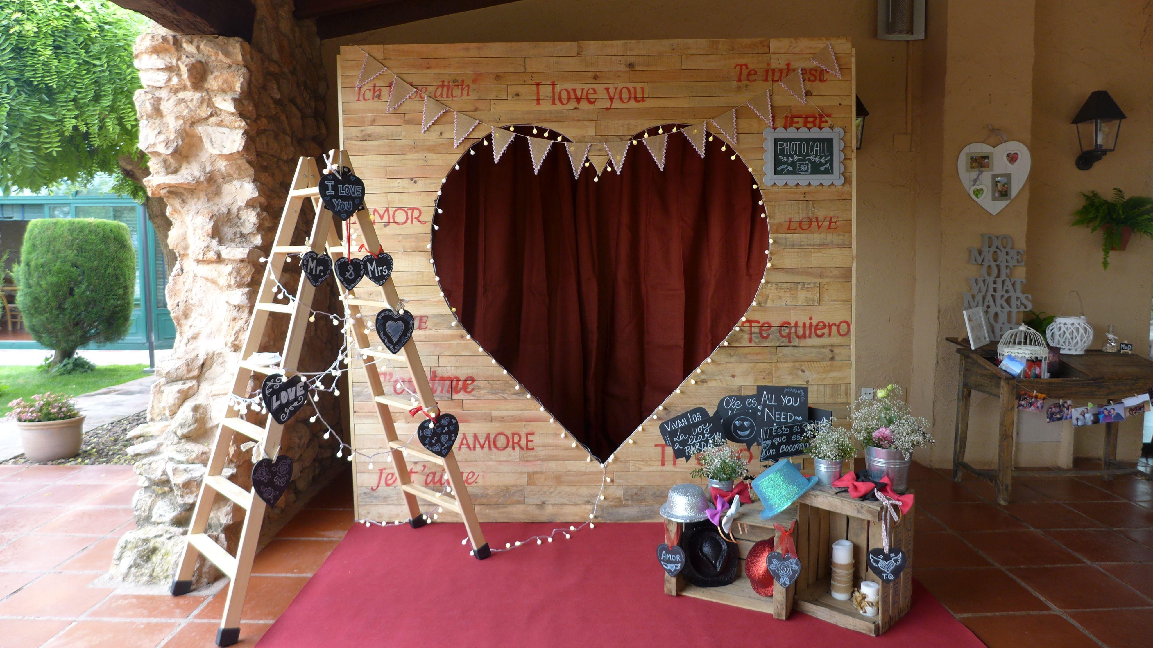 Pallet wedding decor ideas  La Masía Les Casotes  Photocall boda photocall decoración