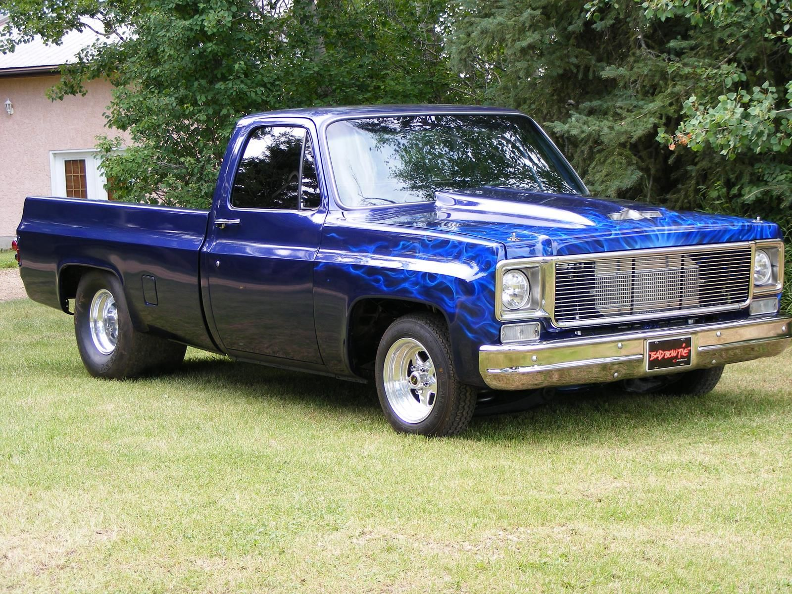 E C Edce Ca Bfe in addition Baf Ff Ee D Bbb B C A D besides Px Chevrolet K Blazer Cheyenne furthermore  also F D D Ad C Ed Ff A. on pictures of 73 87 chevy short bed gmc trucks