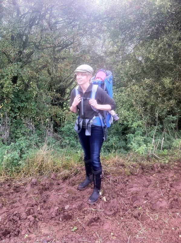 "Mr & Mrs Wellington on Twitter: ""Hubbie and I out on Saturday with the kids in our #Muckboots! Mine are the #Reign and Giles is in the #ArcticSport http://t.co/avAhTDyTAz"""