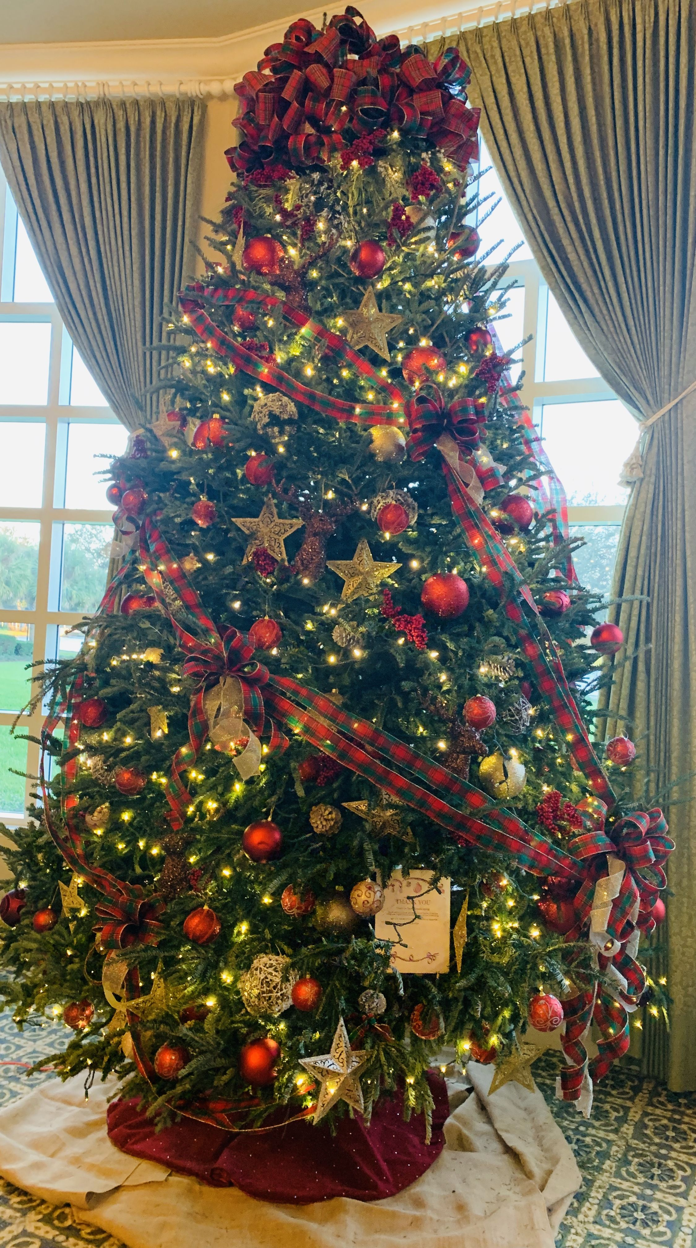 15 Ft Christmas Tree.15ft Scottish Tree Featured In Orlando Fl Christmas
