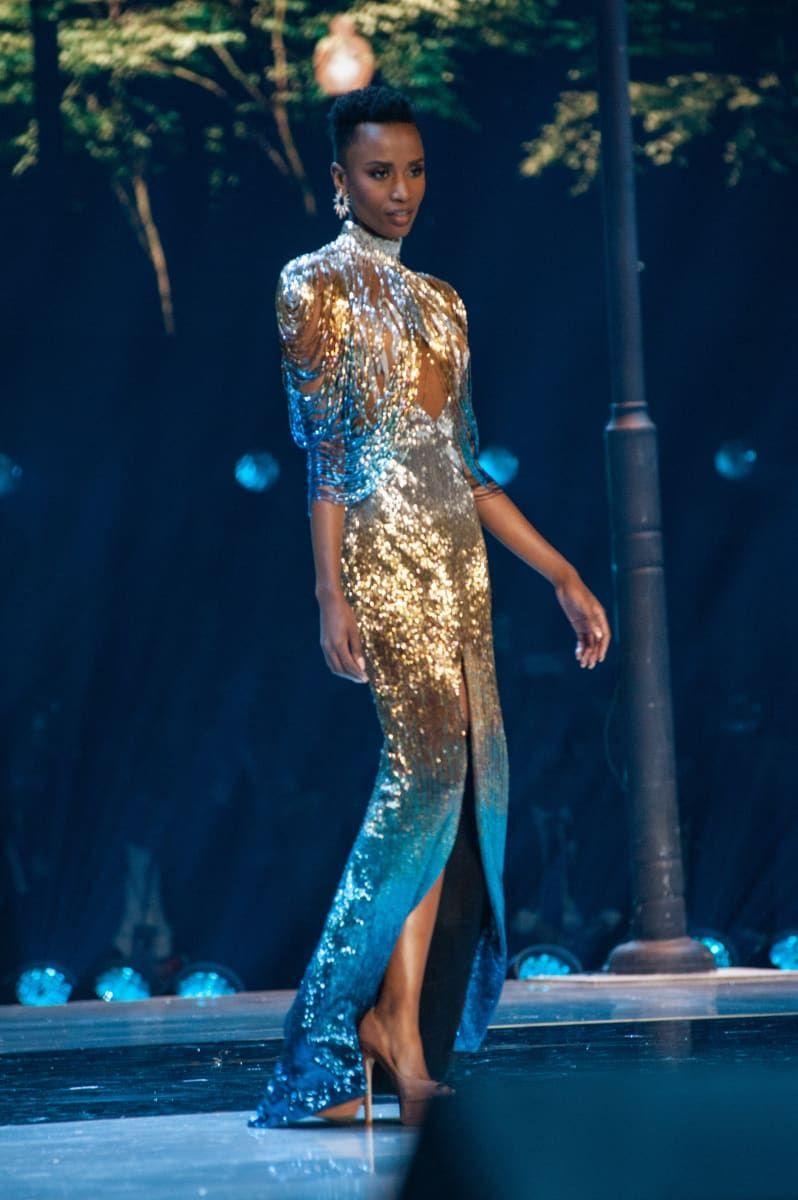 Zozibini Tunzi Miss South Africa 2019 In 2020 Beautiful African Women Gowns African Fashion