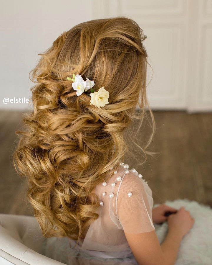 beautiful half up half down bridal hairstyle #bridalhair #weddinghair #bridetobe #hairstyles #halfuphalfdown #hair
