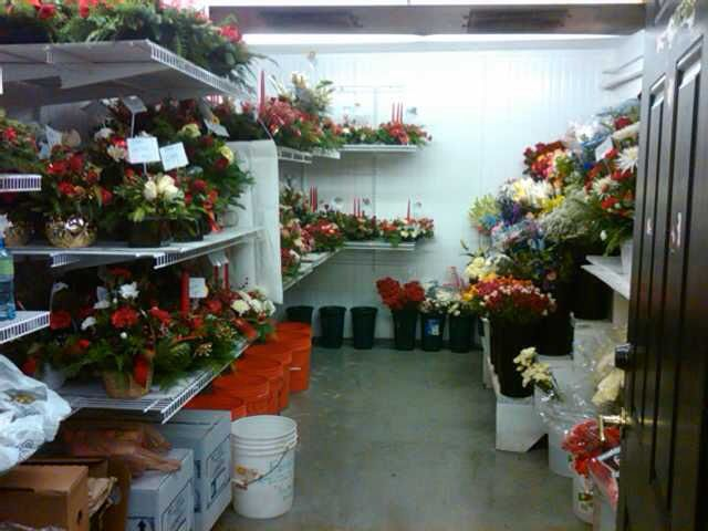 Cooler One Of Two 10x20 Walk Ins Flower Shop Display Flowers Flower Shop
