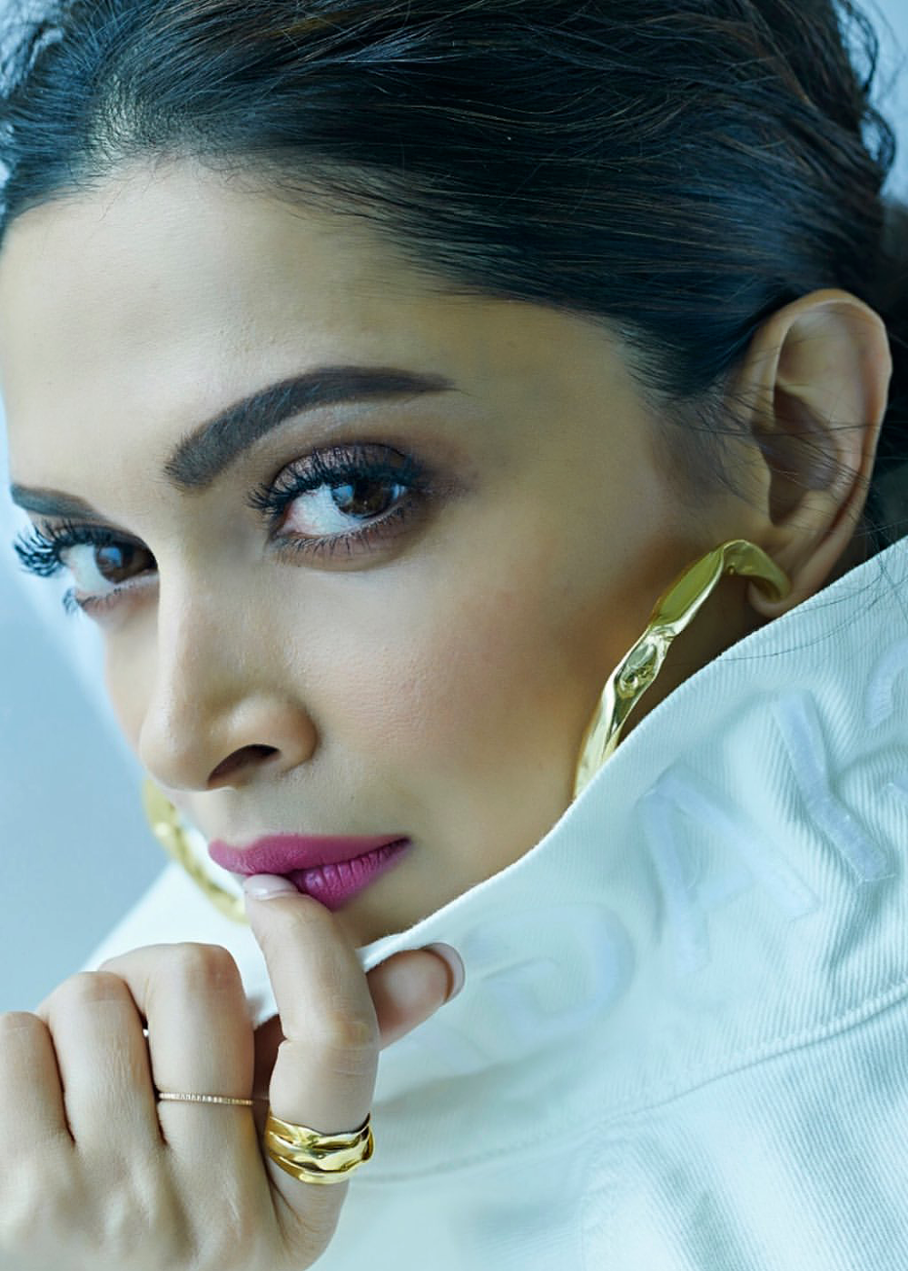 deepika in 2020 | Celebrity faces, Deepika padukone, Face ...