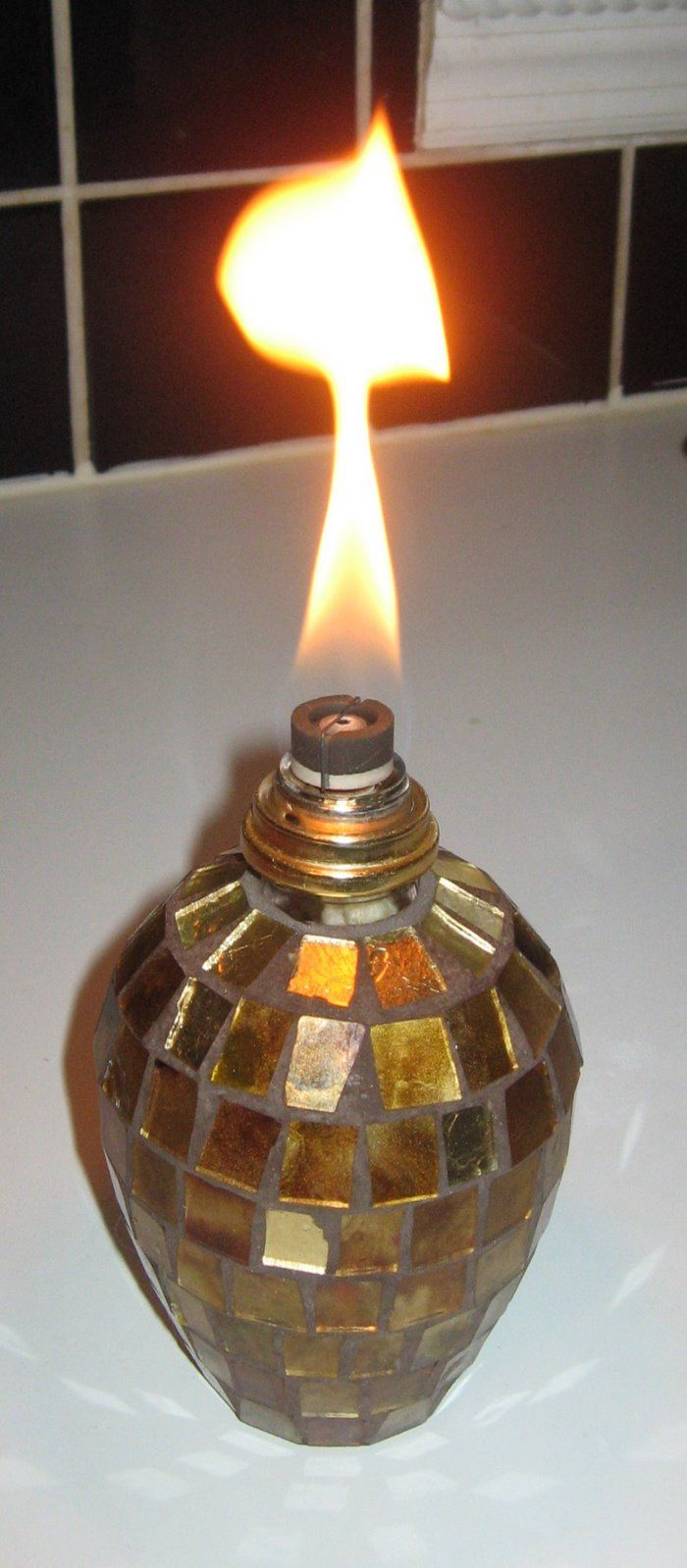 Effusion Lamps And How They Can Scent Your Home I Admit It I Am A Scent Hound I Have Spent Too Much Mon Lamp Thrifty Decor Diy Fragrance Oil