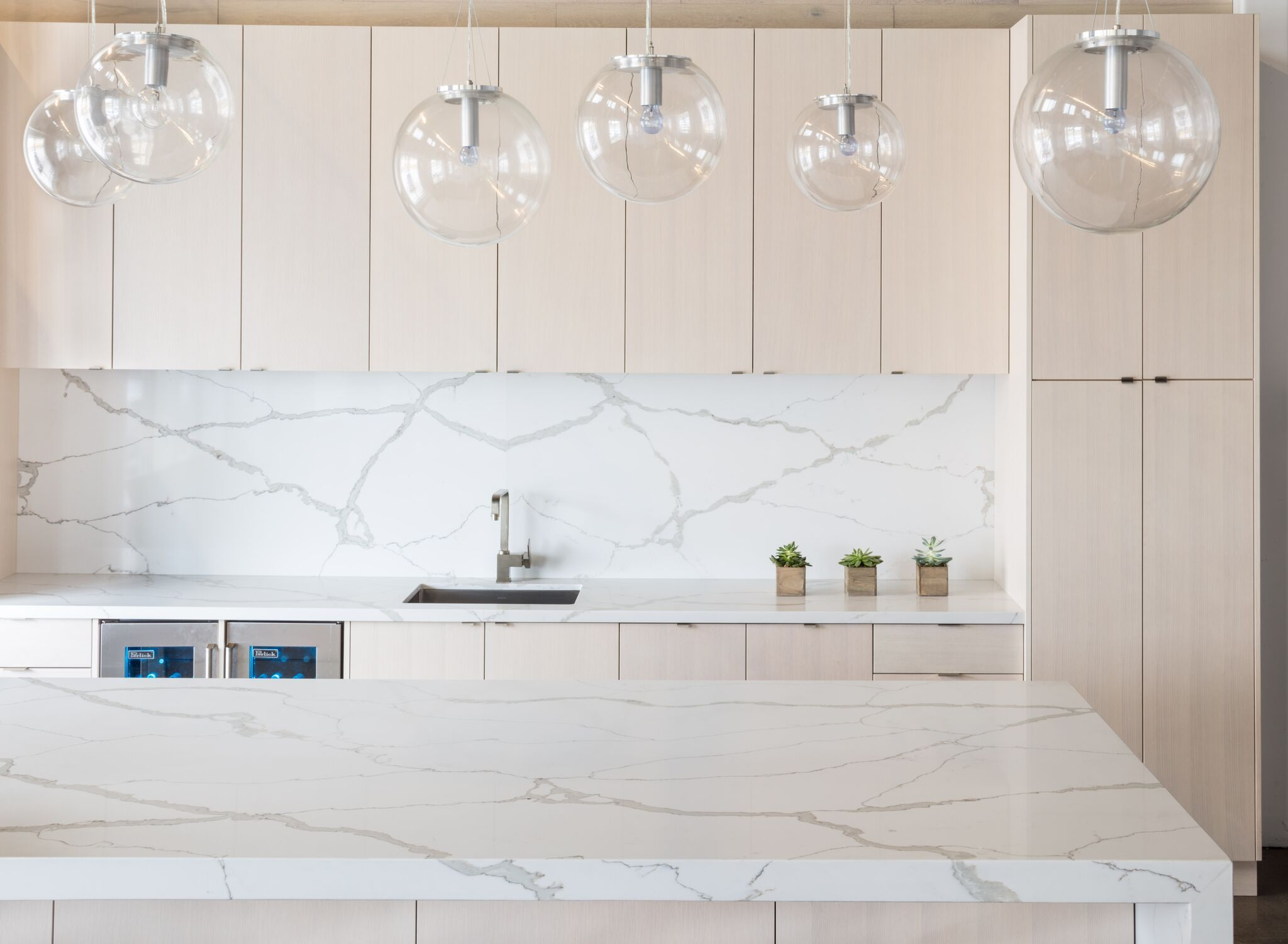 4100 Calacatta Vogue | Calacatta, Countertop and Kitchen design