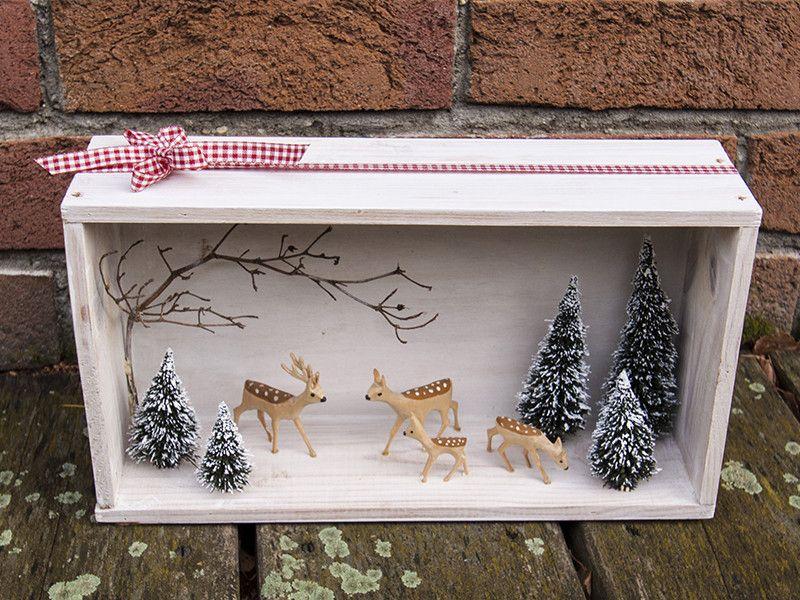 Winterwald Diorama handgeschnitzte Hirschfamilie von WohnzeugS auf DaWanda.com