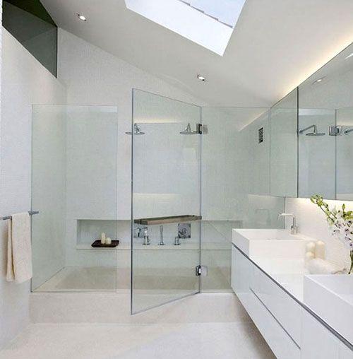 Moderne witte badkamer | badkamer | Pinterest | Modern living ...