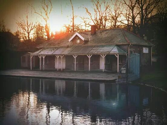 Love this, boat shed, queens park, blackburn 2014