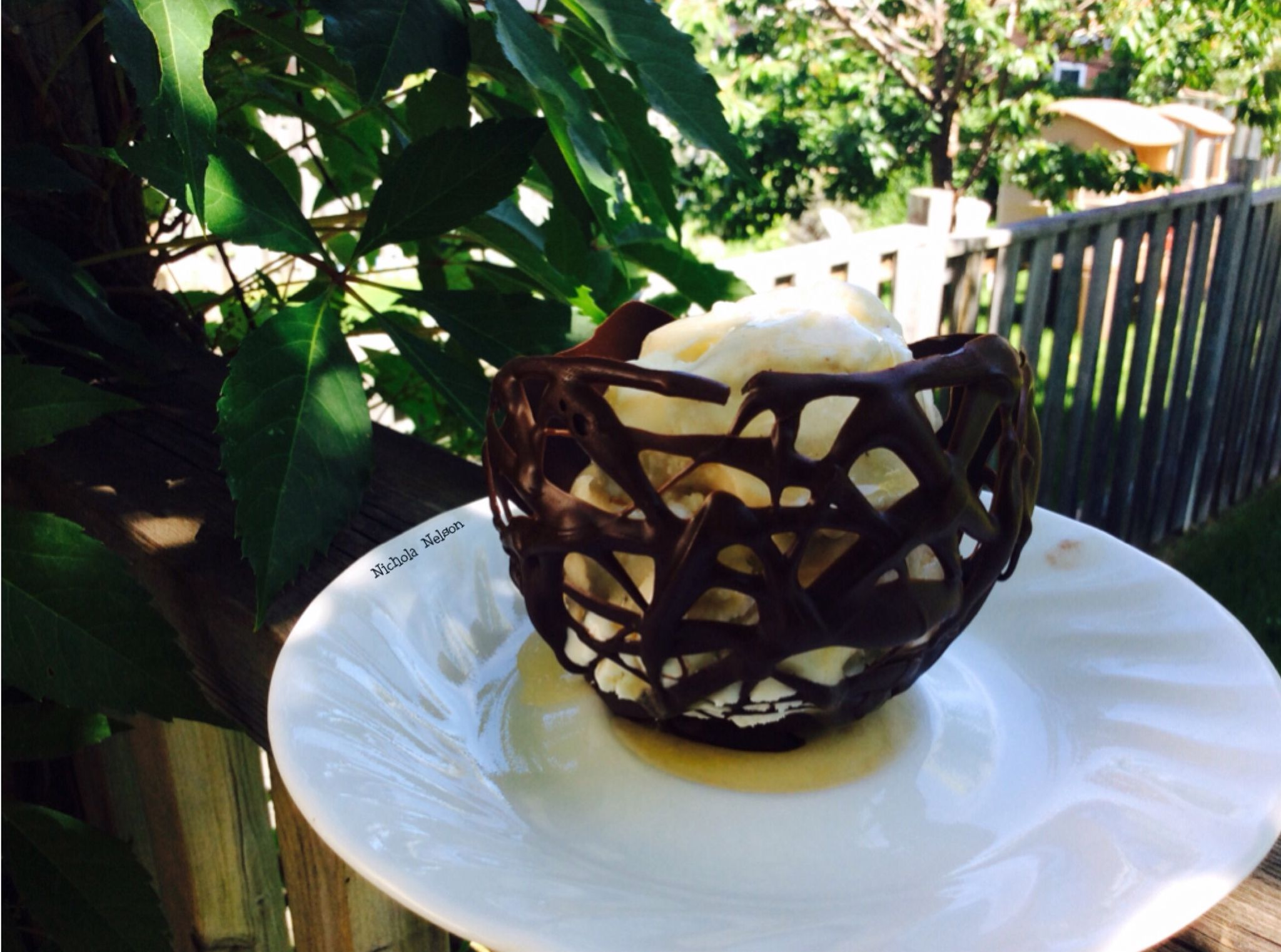 Make your own Chocolate Icecream Bowls! @nicky1818