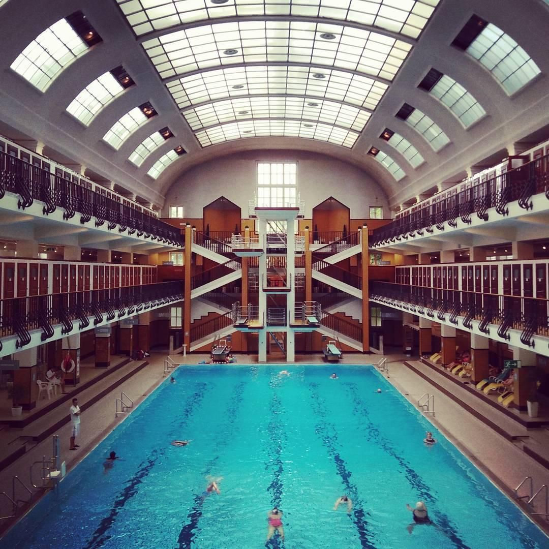 Herschelbad Mannheim Amalienbad Vienna Accidentalwesanderson Pools In 2019