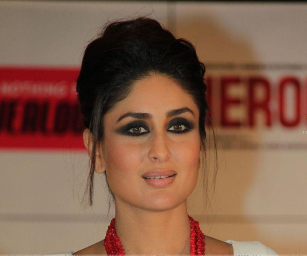 Kareena Kapoor in a smoky black stare. | Makeup : Eyes ...