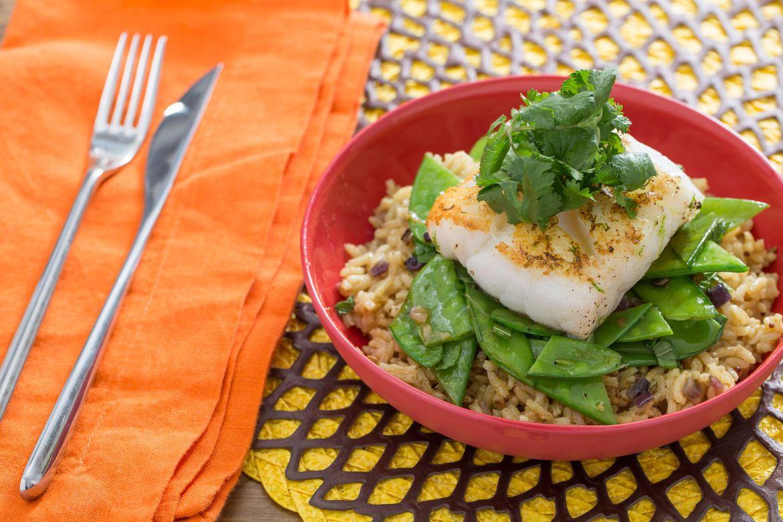 Blue apron tempura cod - Pan Seared Cod With Curried Basmati Rice Snow Peas Mint