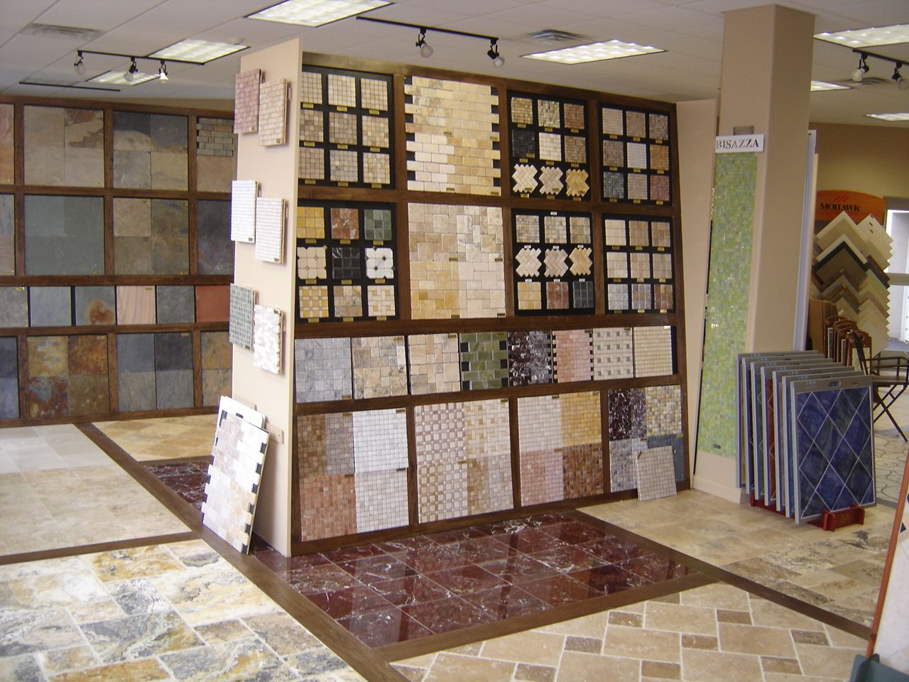 showroom 2 | Ceramic Tile Showroom Idea | Pinterest | Showroom ...