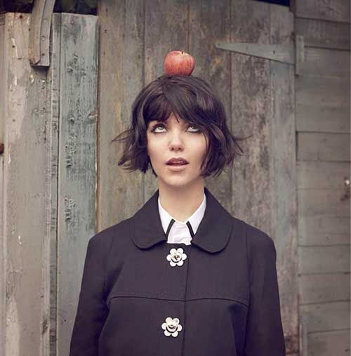 Messy Bob Hairstyles center parted asymmetric bob with dense waves 20 Best Short Messy Bob Hairstyles Bob Hairstyles 2015 Short Hairstyles For Women