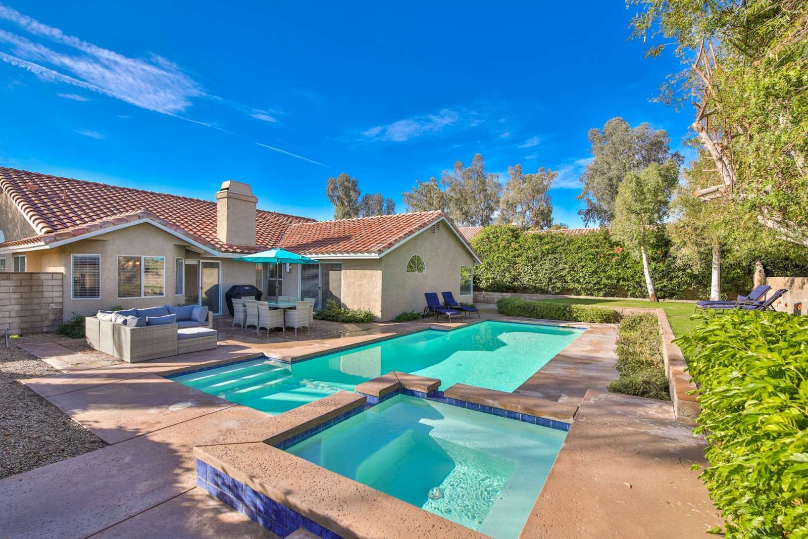 Indian Wells Vacation Rental In 2020 Palm Springs Vacation Rentals Vacation Rancho Mirage