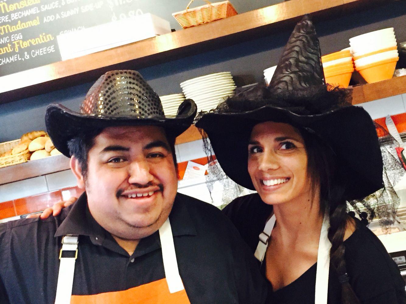 Friendly staff & lots of treats - Halloween @pitchoun