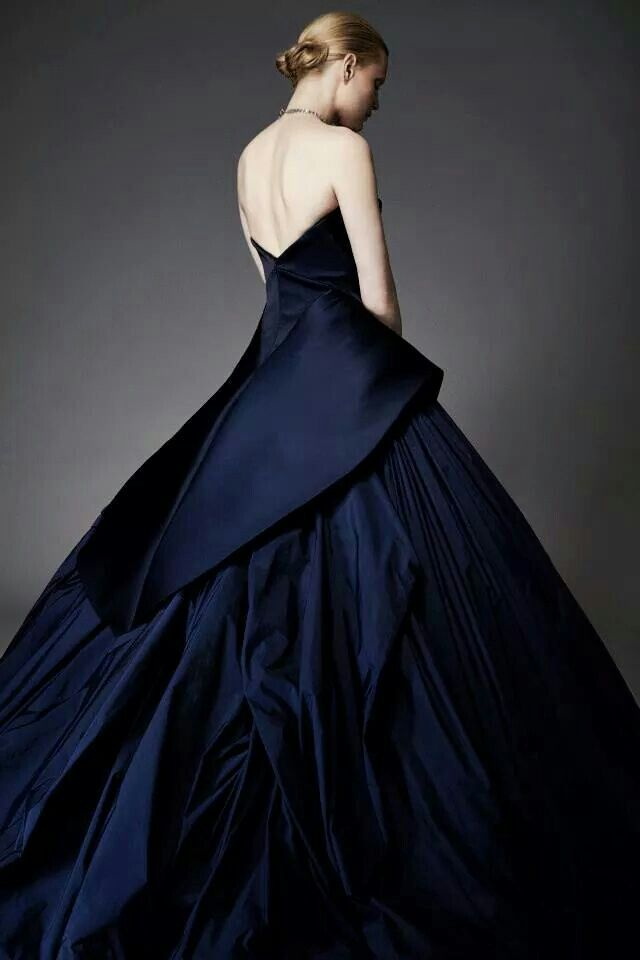 Elegancia - Vestido de fiesta || Elegance - Dress