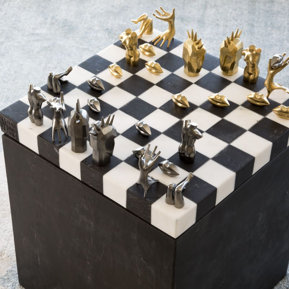 Kelly Wearstler Chess Set Must Have Board Games As Coffee Table Decor Designed Decorating Coffee Tables Chess Set Decorative Pieces