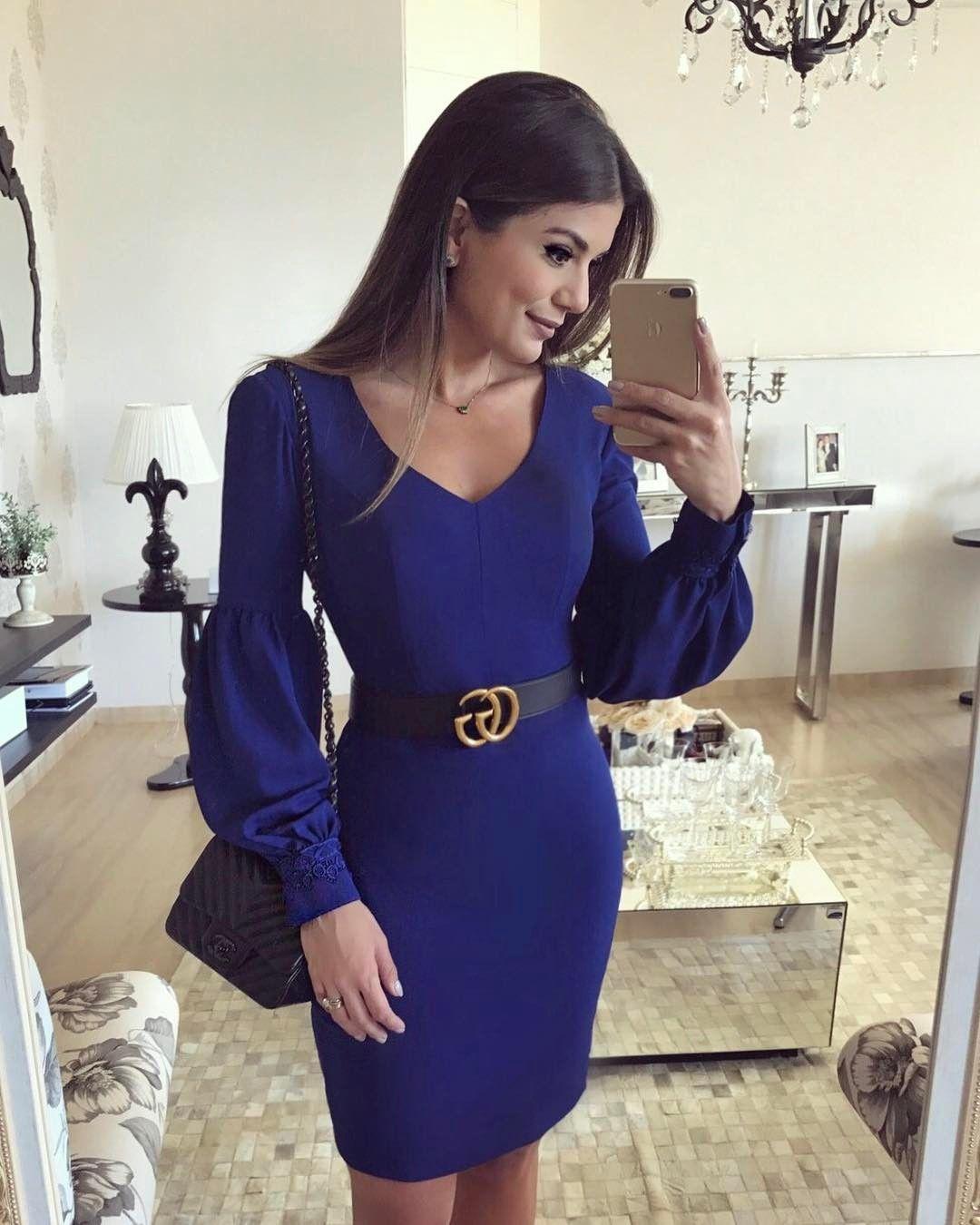 Vestido azul e preto domingo legal